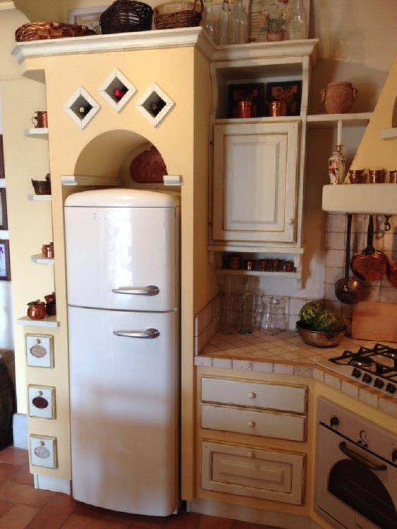 cucina country effetto muratura le cucine dei mastri. Black Bedroom Furniture Sets. Home Design Ideas