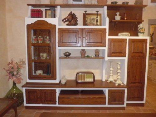Parete soggiorno effetto muratura - Le Cucine dei Mastri